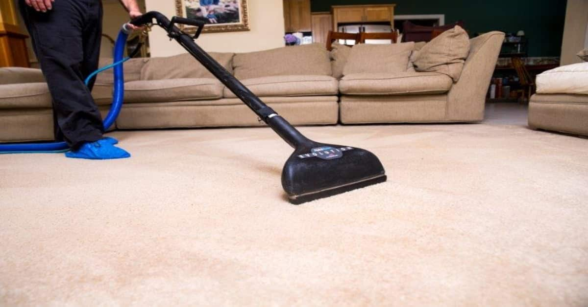 10 Important Things to Remember When Choosing A Carpet Cleaner